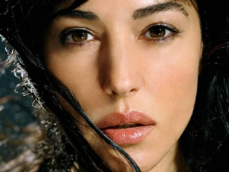 4 особености на женската красота, които влияят подсъзнателно на мъжете
