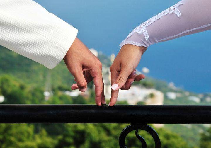 Как да намерите партньор в любовта, приятел, учител
