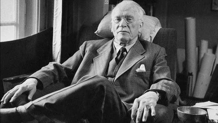 """Карл Густав Юнг: """"Психологически нездравите хора обикновено са фанатици на тема здравословен начин на живот"""""""