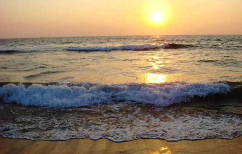 Разкажи ми за морето – цитати от книгата на Елчин Сафарли